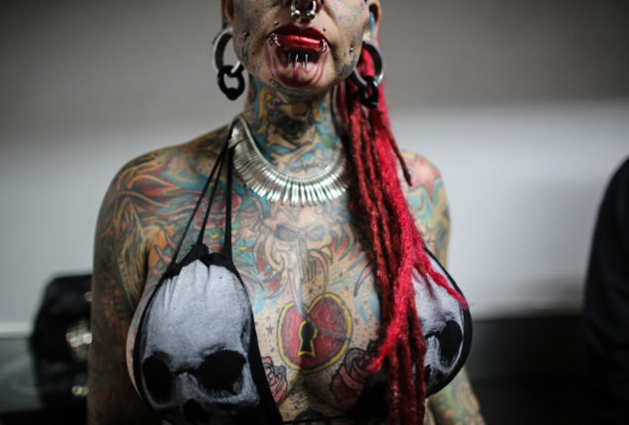 """body modification deviance society Recently i stumbled across this interview with jacqui moore, a rather well-known and visible member of the body modification community for her extensive black and grey full body suit bearing the rather exploitative tagline (which states """"a respectable mother celebrated her divorce by asking her."""