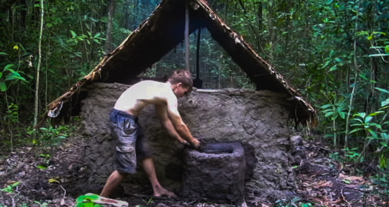 This Guy Shows You How To Build A Woodland Fortress And