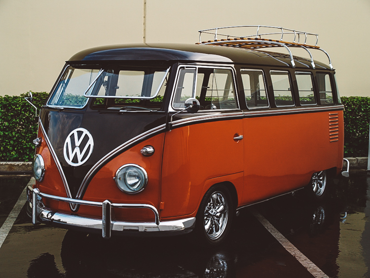 6_Volkswagen Electric Hippie Van