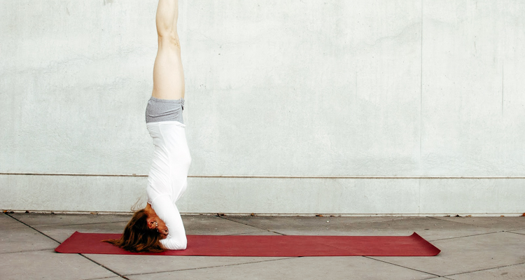 1_benefits of a headstand
