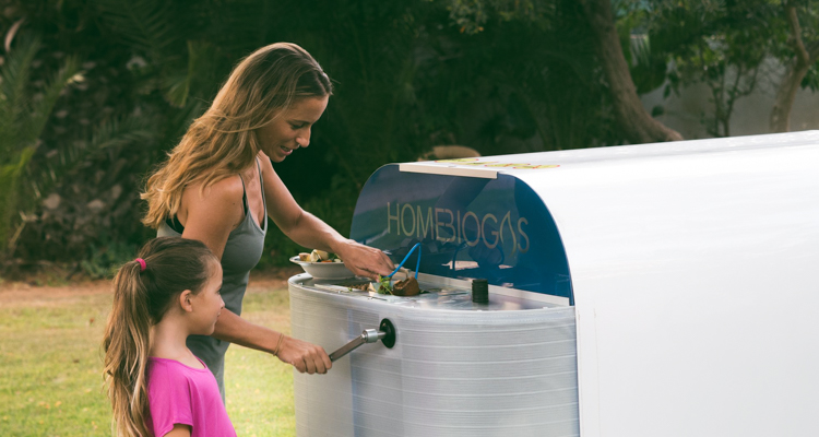 1_home-sized composting unit