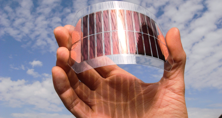 1_paper-thin-solar-cells