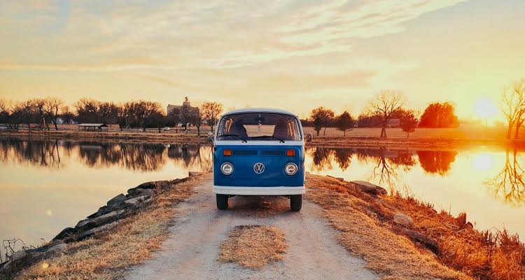 Hippie Vans Off Grid And Tiny Homes The New American