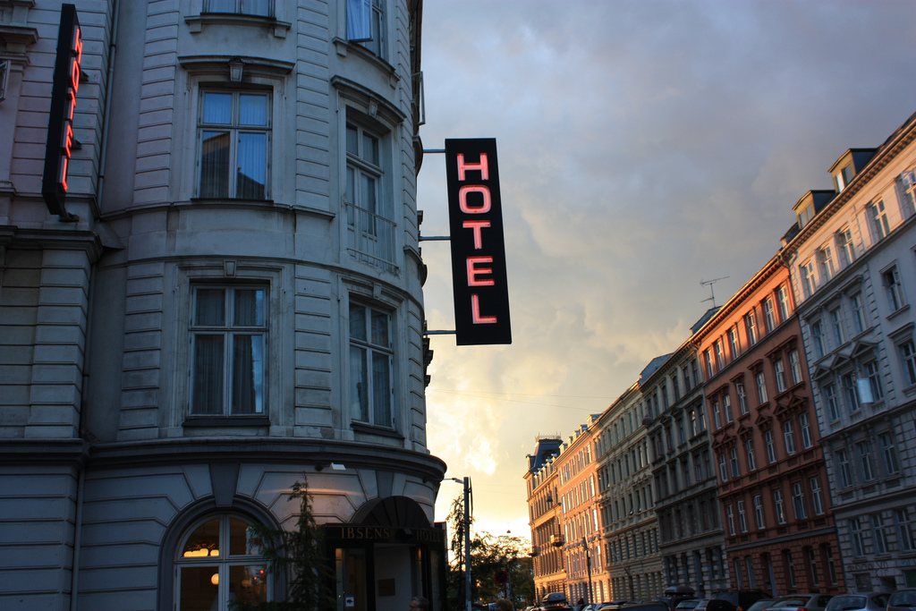 hotel hacks