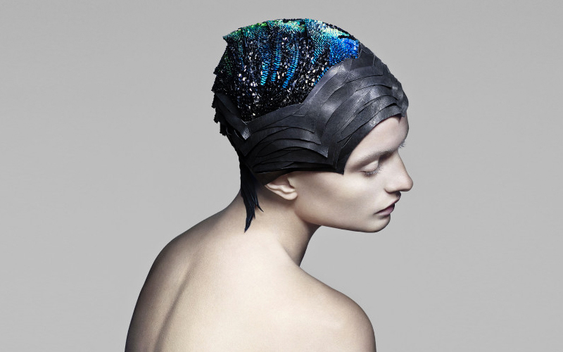 Crystal Cap Turns Your Head Into A Mood Ring_Plaid Zebra