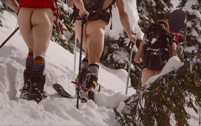 Naked Skiers_Alternative News