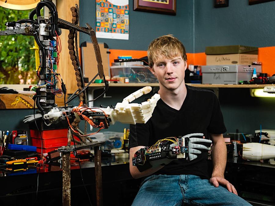 1_3D print prosthetic arm