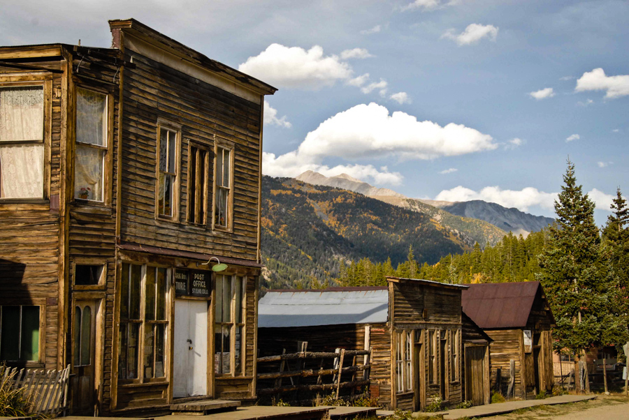 St Elmo Is An American Ghost Town Decaying In The Heart
