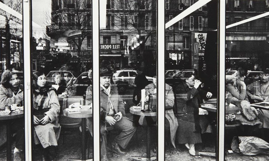"""Terrace de Café"" by William Klein, Paris 1982 ©"