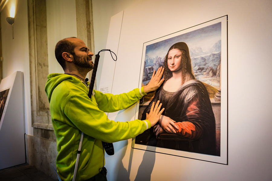 1_blind people can see art