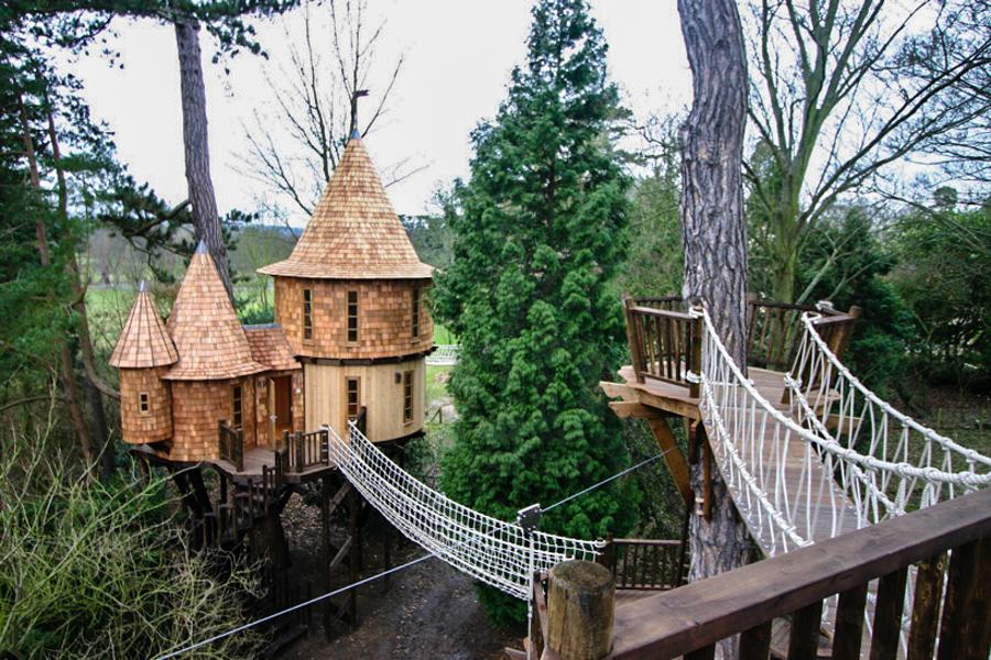1_modern treehouse