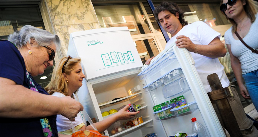 1_free food fridge in Spain