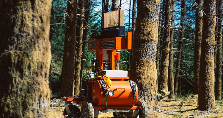 1_Robot Planting Trees