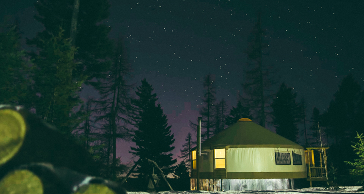 1_off grid couple living mountains of Montana