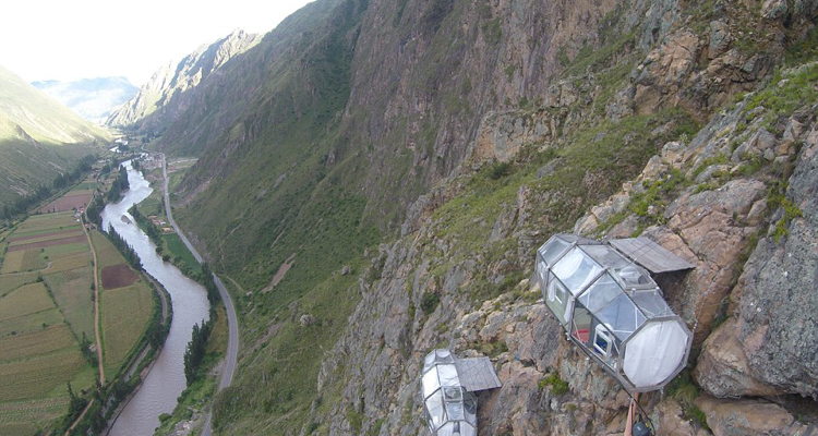 This Gl S Hotel Hangs On A Cliff Face 400 Ft Above Peru Sacred Valley