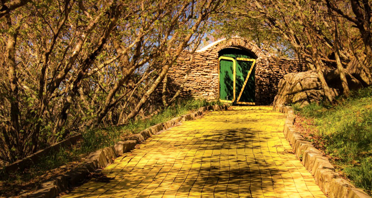 1_abandoned Wizard of Oz theme park
