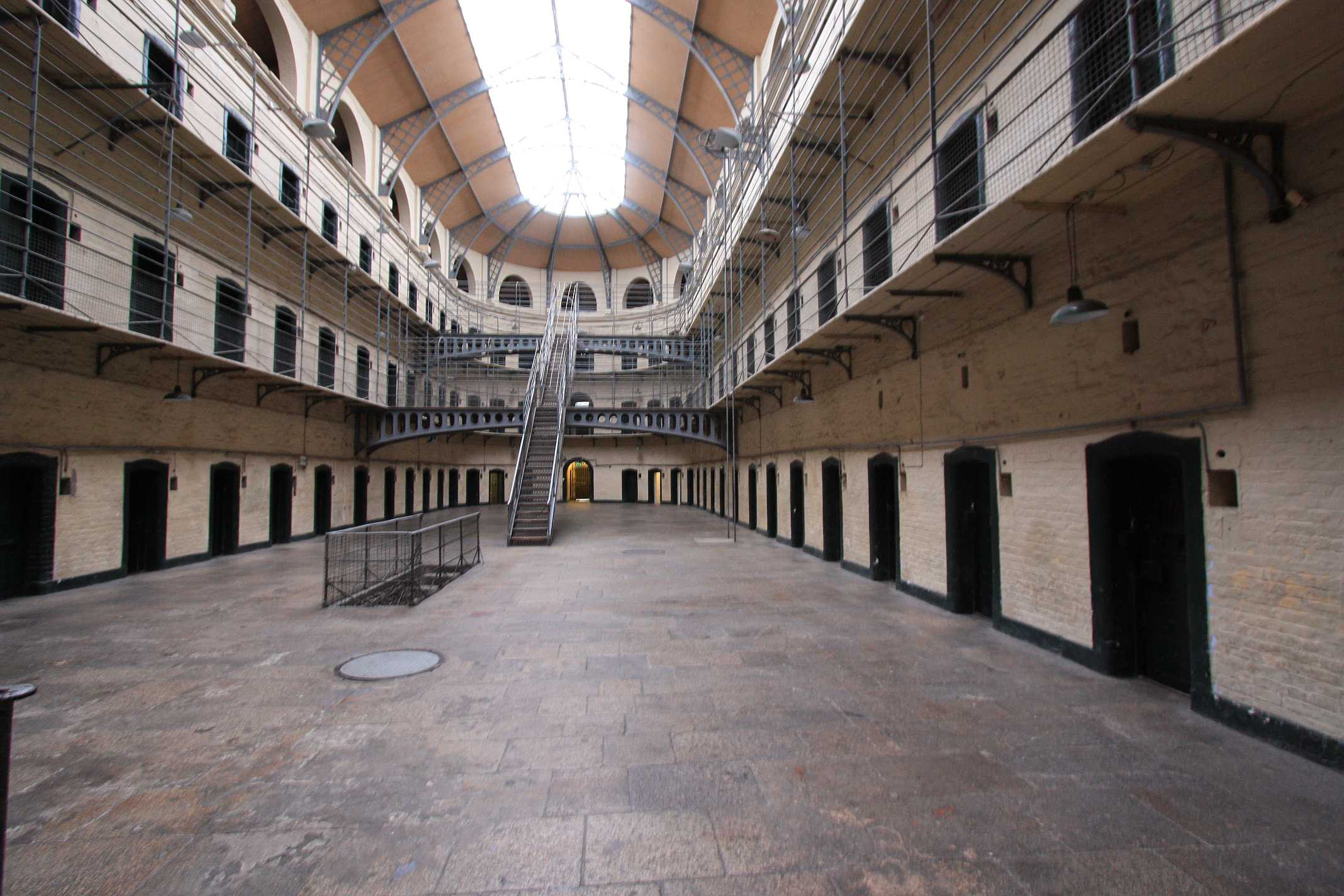 Dublin-Kilmainham-Jail-Hall-1