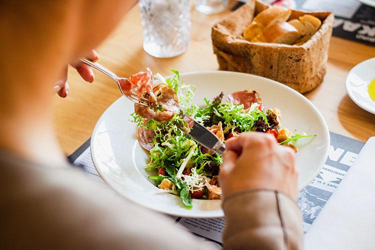 Dieting vs Restrained Eating
